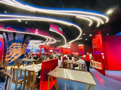 餐厅造型铝单板 铝方通吊顶案例