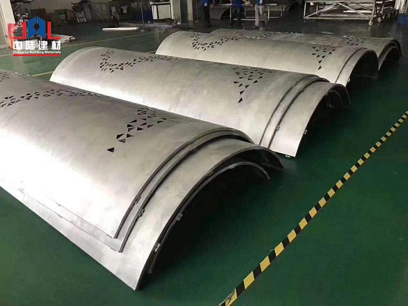 弧形铝单板1