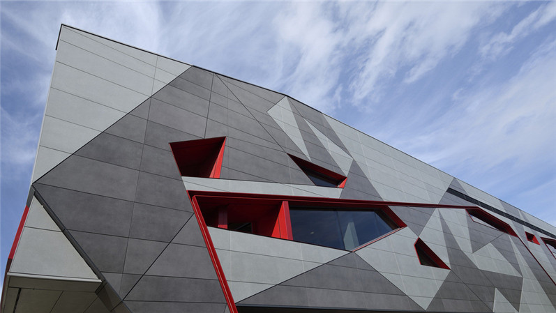 歌剧院外墙氟碳铝单板装饰