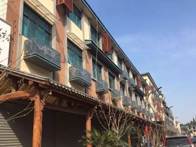街道改造铝单板屋檐铝单板店铺招牌厂家-中陆建材