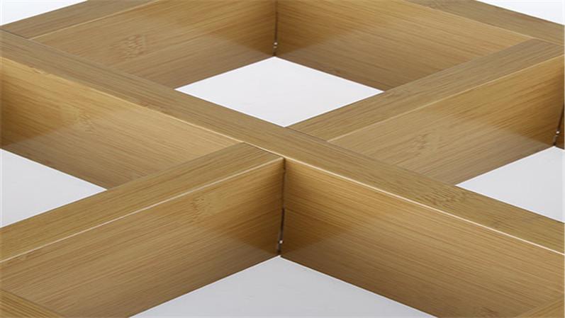 木纹铝方通格栅
