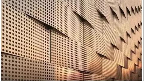 穿孔铝单板孔径孔形不同,造型不同