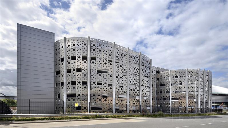 室外幕墙定制氟碳漆冲孔铝单板