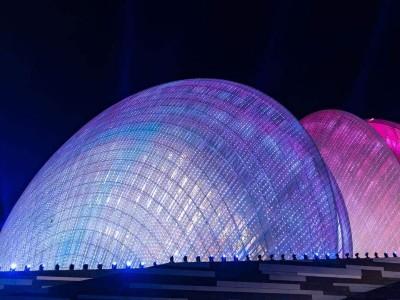 玻璃幕墙与穿孔铝板相结合诠释珠海大剧院
