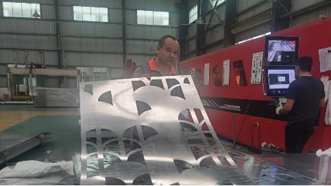 镂空雕花铝单板厂家